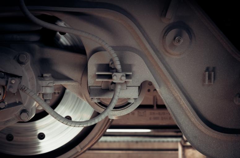 wheel-steel-metal-rail-train-technology-machine